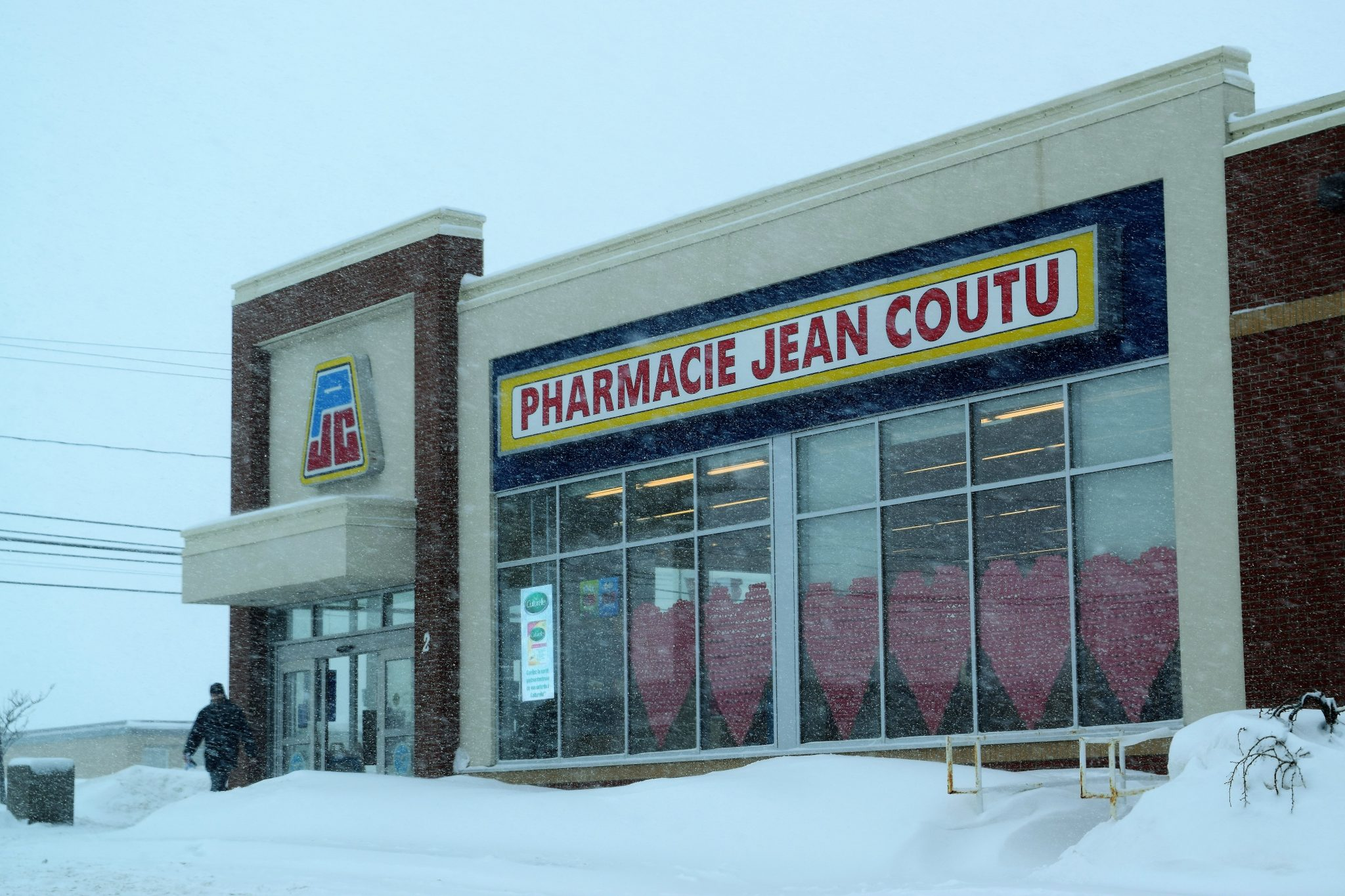 jean coutu ferme son comptoir postal caraquet acadie nouvelle. Black Bedroom Furniture Sets. Home Design Ideas