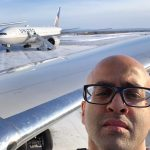 Sonjay Dutt fait un selfie alors qu'il change d'avion à Happy Valley-Goose Bay. - PC