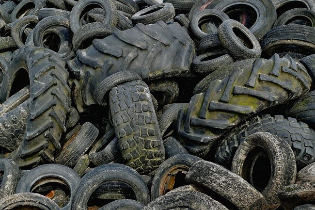 tires_pile_used
