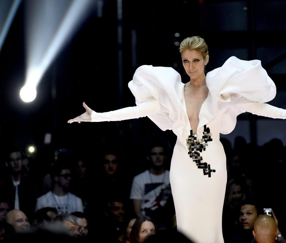 """Celine Dion performs """"My Heart will Go On"""" at the Billboard Music Awards at the T-Mobile Arena on Sunday, May 21, 2017, in Las Vegas. THE CANADIAN PRESS/AP-Photo by Chris Pizzello/Invision/AP"""