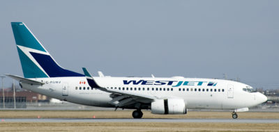 WestJet_737-700_at_YUL