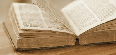 knowledge-old-book-pages-161366