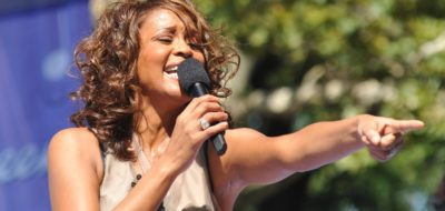 Flickr_Whitney_Houston_performing_on_GMA_2009_6